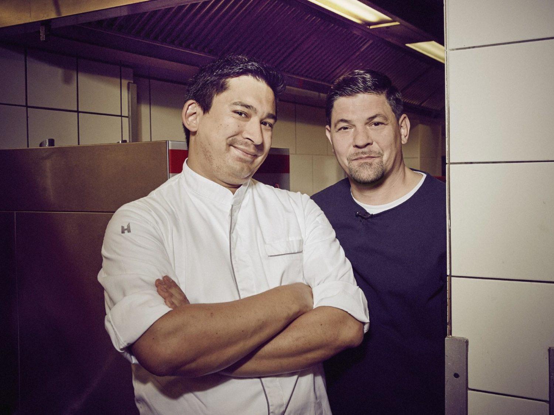Tohru Nakamura bei Kitchen Impossible mit Tim Mälzer