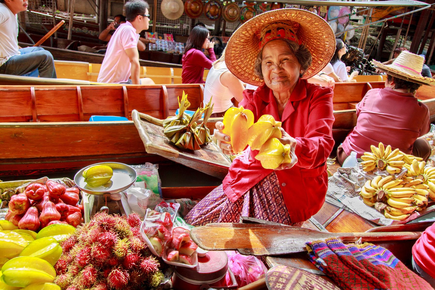 Damnoen Saduak Market
