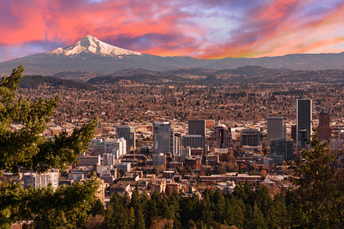 Portland mit Mount Hood