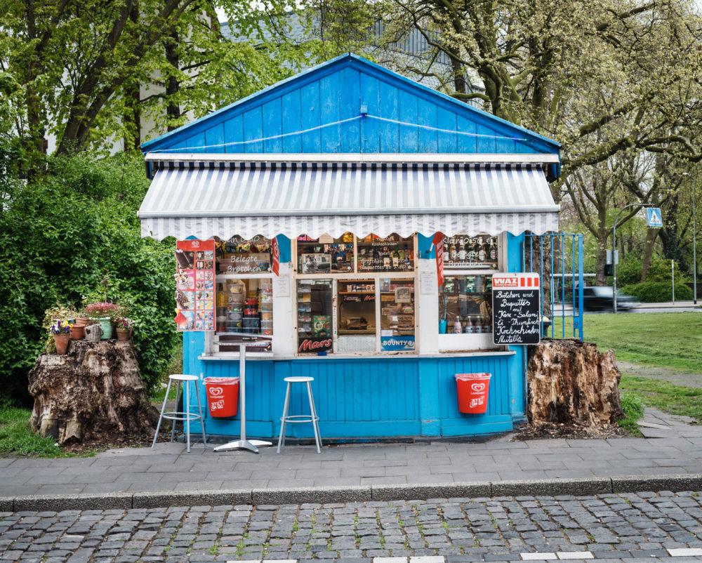 """Trinkhalle """"Blaues Büdchen"""" in Duisburg / Bild: Reinaldo_Coddou zVg von Ruhrtourismus"""