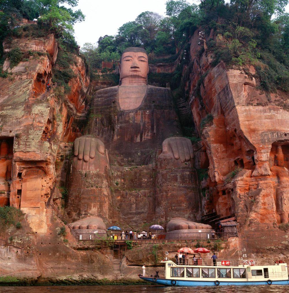 Der Große Buddha von Leshan zieht bereits seit Jahrhunderten Besucher und Pilger an / Bild: Buddha von Leshan - Copyright FVA China