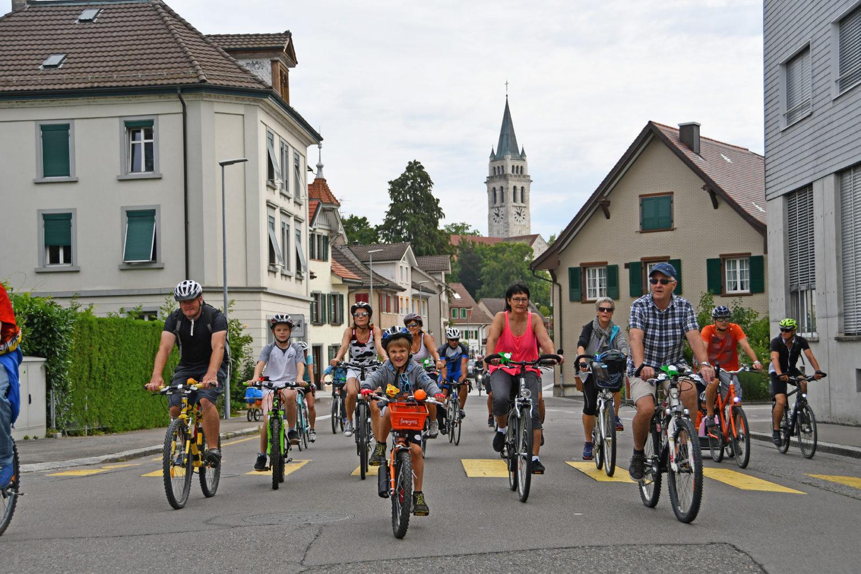 Auch beim 17. slowUp Bodensee machen Autos wieder die Strasse frei für muskelbetriebene Räder und Rollen. / Bild: Thurgau_Tourismus