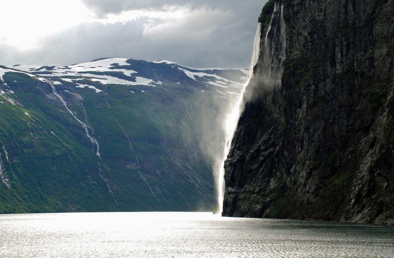 Fjord Norwegen / Bild: Urlaubspiraten Pixabay