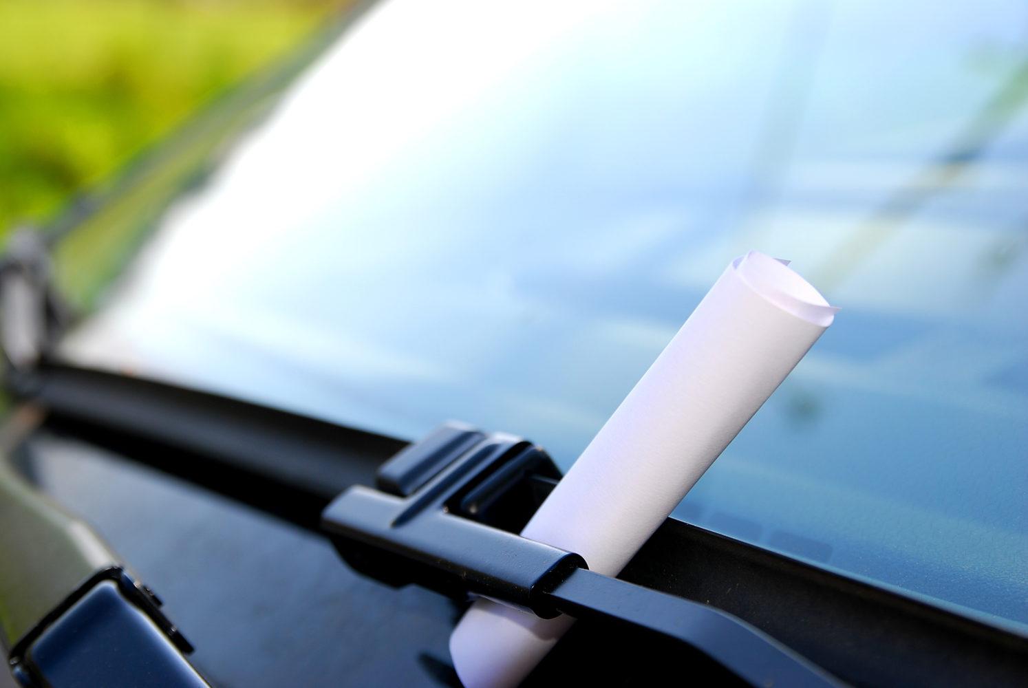Knöllchen wenn die Autotür zuknallt © seeyou Adobe Stock